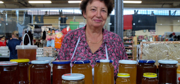 Story of a picture: Lithuanian honey and the Vilnius market