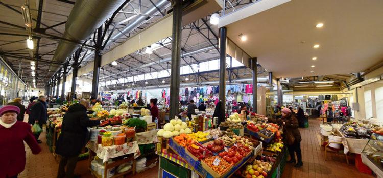 Storia di una foto, il miele Lituano e il mercato di Vilnius