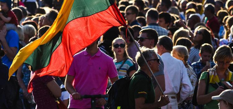 Reportage: Il trentennale della Via Baltica
