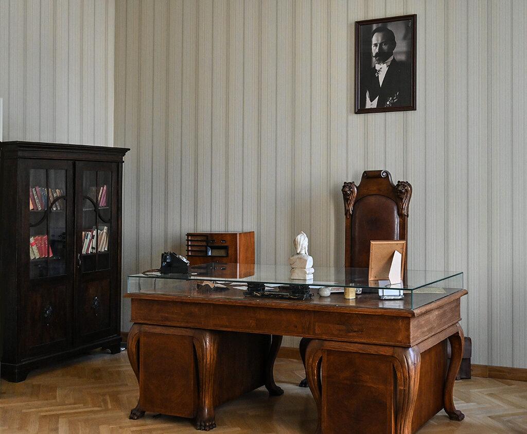 La mostra 100 anni di Diplomazia della Lituania, ricostruisce anche parte degli uffici che ospitavano i ministri